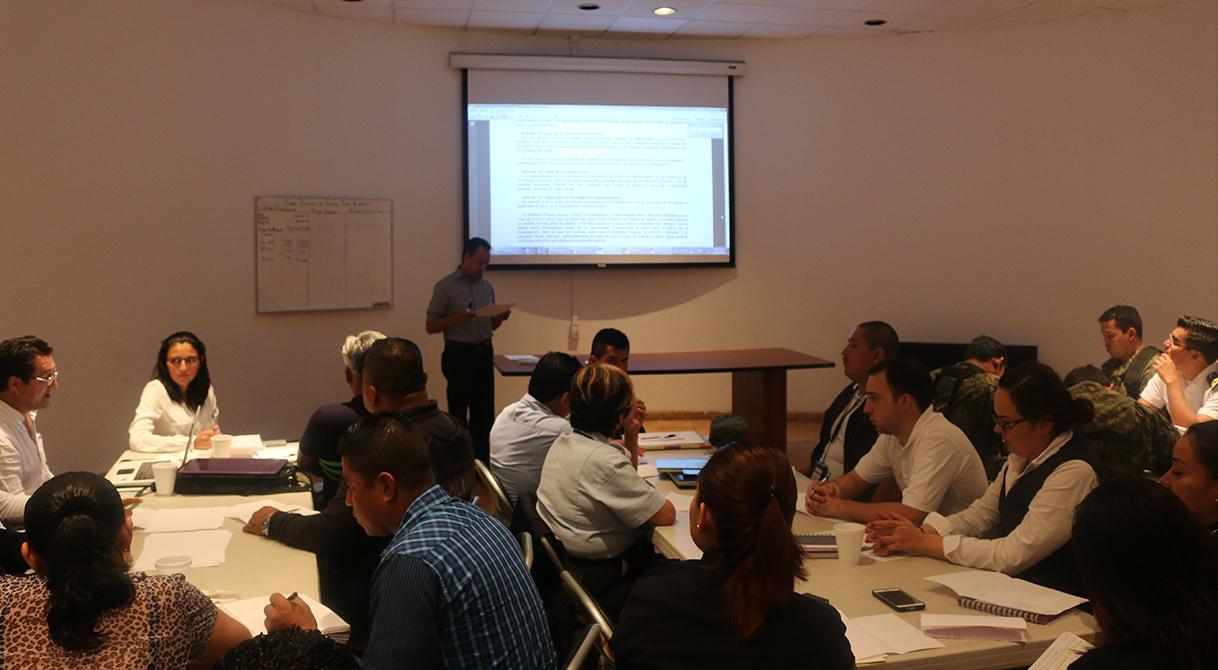 Imparte PGR curso-taller a instituciones federales y estatales.
