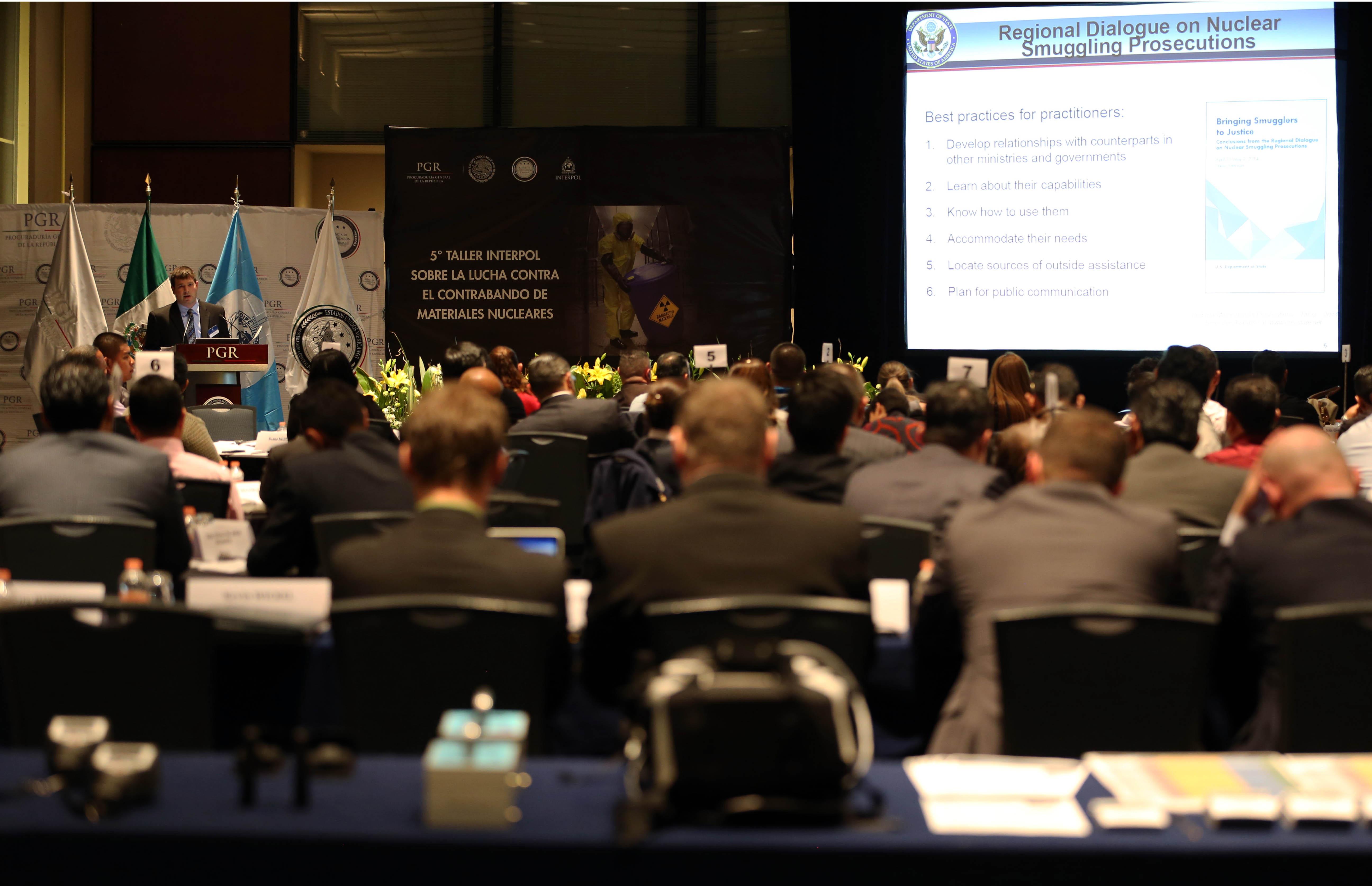 Expertos de diversos países fortalecen capacidades para enfrentar el contrabando de materiales nucleares .