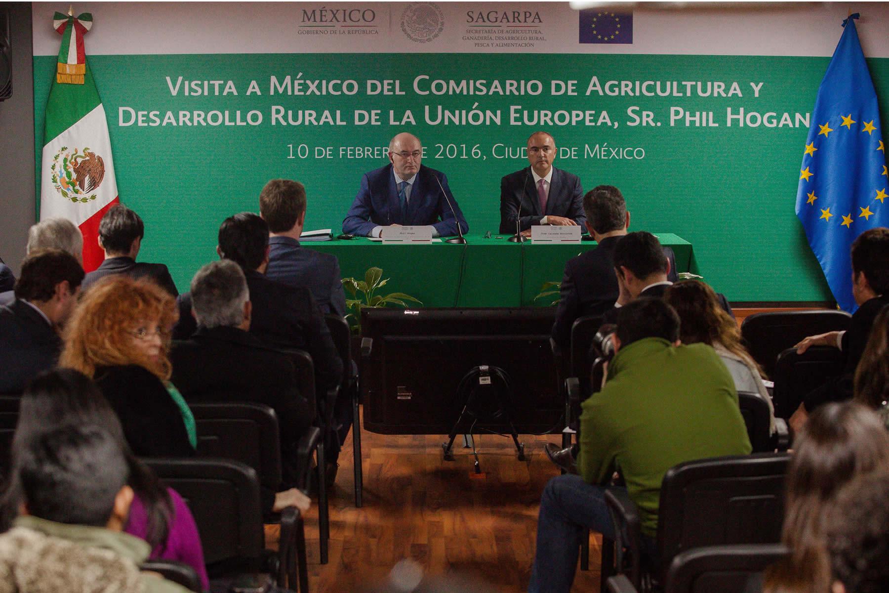 Inician negociaciones para un acuerdo bilateral de comercio de productos orgánicos.