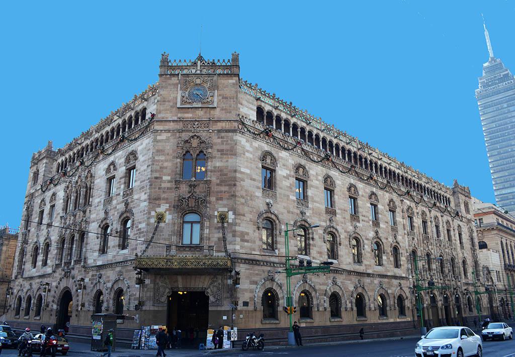 Cumple 109 años el Palacio Postal, sede de Correos de México