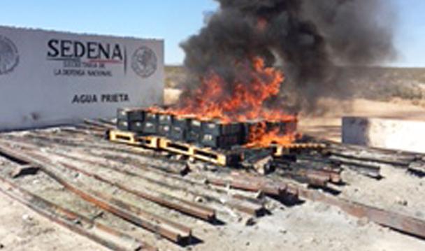 Incinera PGR más de media tonelada de cocaína en Agua Prieta.