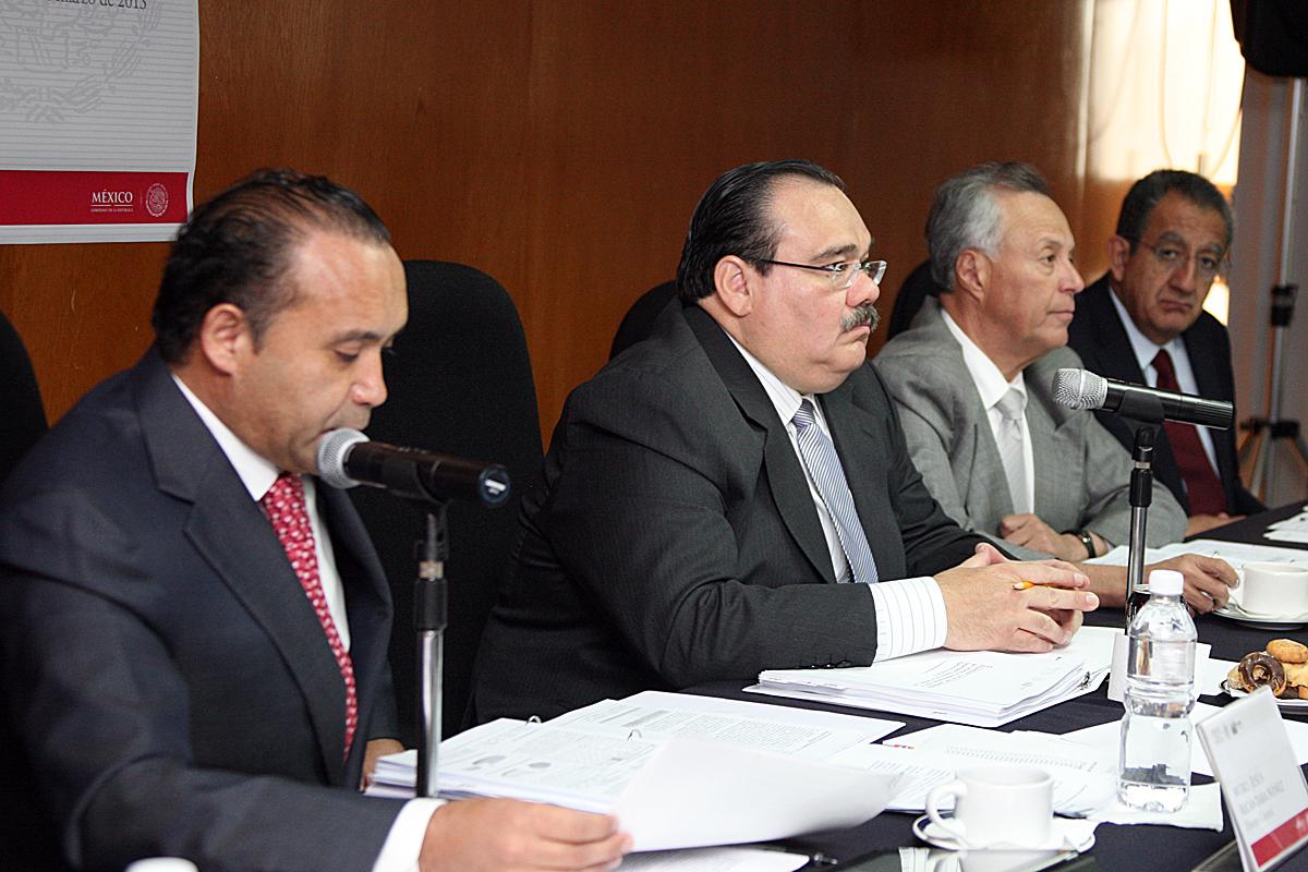El Secretario de Desarrollo Agrario, Territorial y Urbano, Jorge Carlos Ramírez Marín, presidió la 125 Sesión Ordinaria del Consejo de Administración de la Comisión para la Regulación de la Tenencia de la Tierra (CORETT), dirigida por Jesús Alcántara.