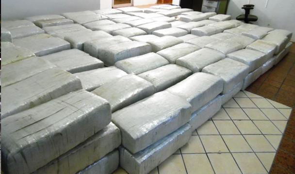 PGR investiga a un hombre a quien le aseguraron un cargamento de marihuana y más de 26 kilos de crystal