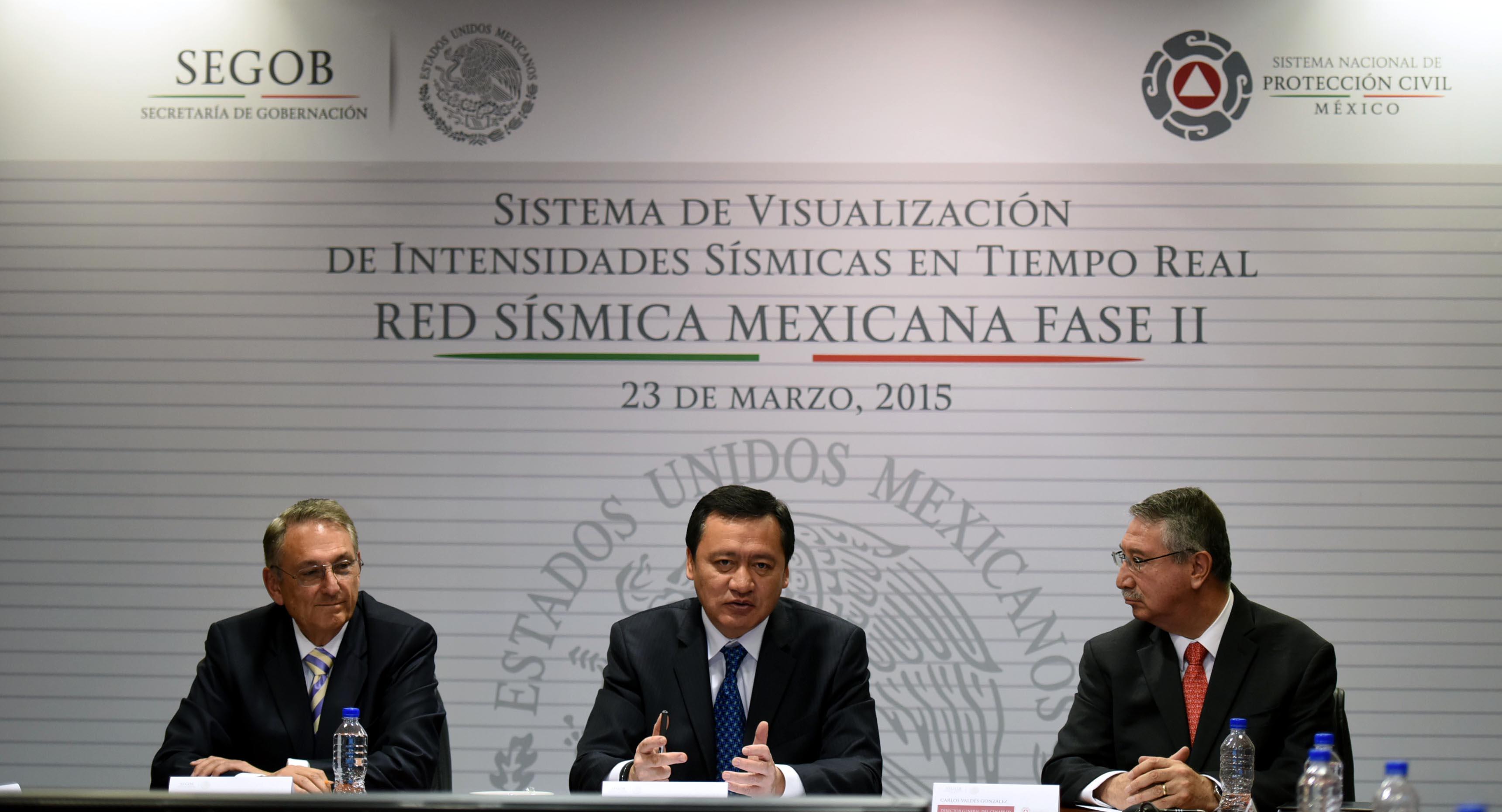 El Secretario de Gobernación, Miguel Ángel Osorio Chong, encabeza la reunión de la Red Sísmica Mexicana Fase II