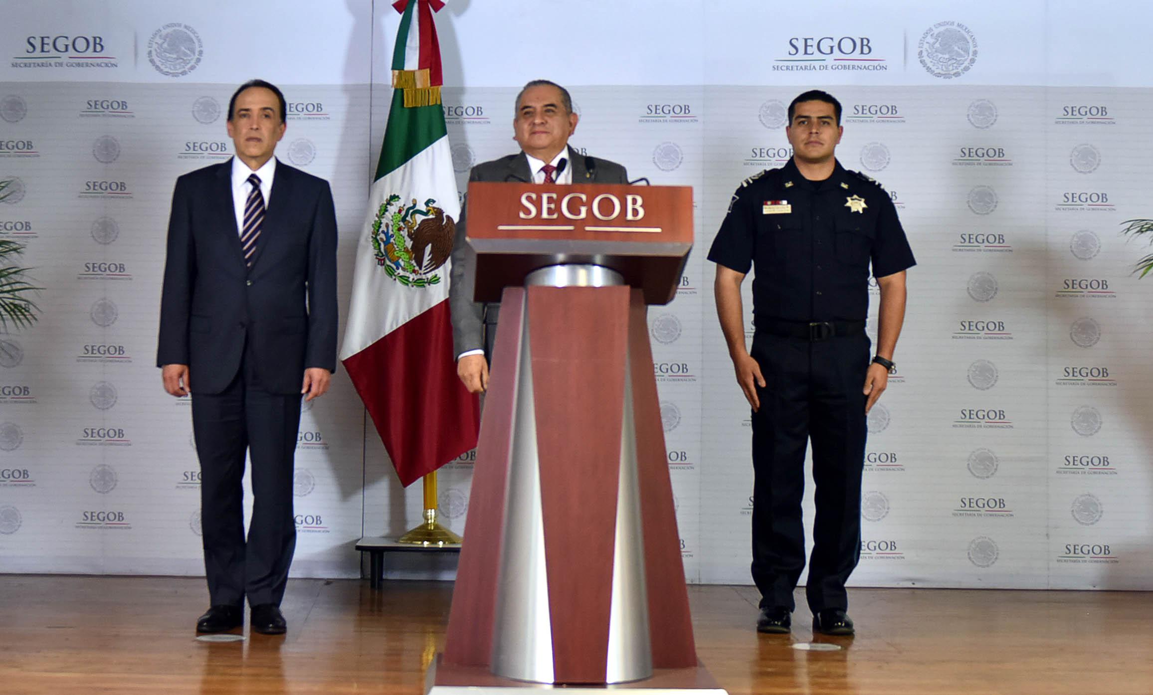 El Comisionado del Instituto Nacional de Migración, Ardelio Vargas, ofrece mensaje en las instalaciones de la Secretaría de Gobernación