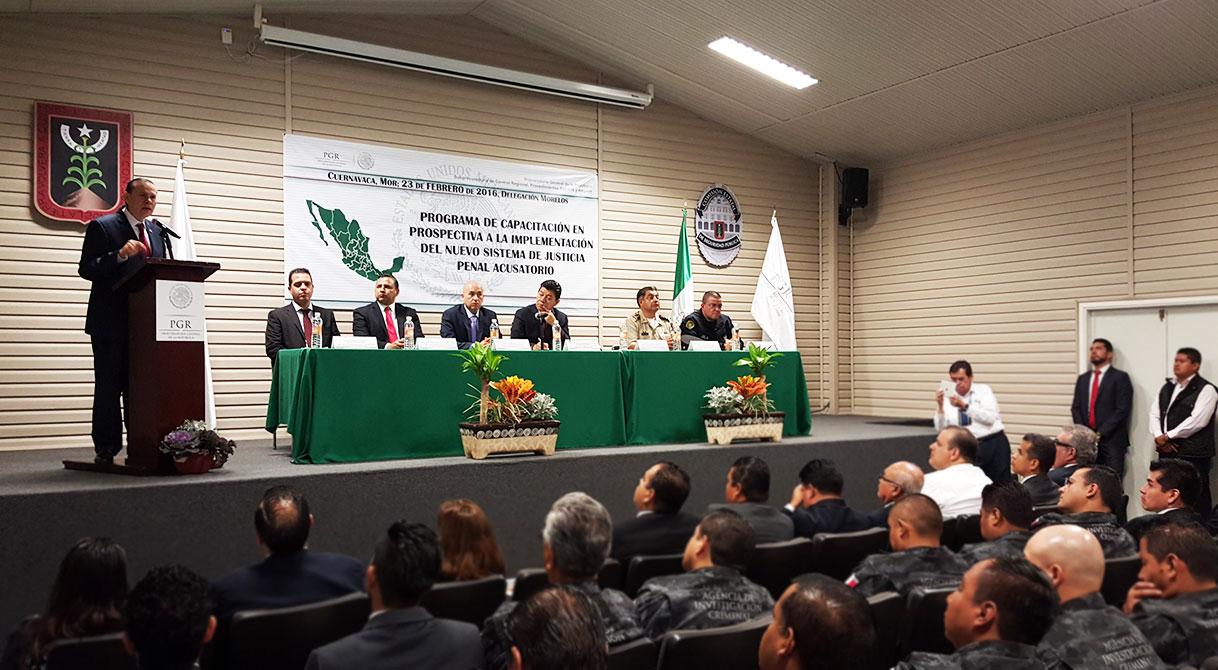 PGR imparte Taller de Justicia Penal Acusatorio a elementos de seguridad en Morelos.