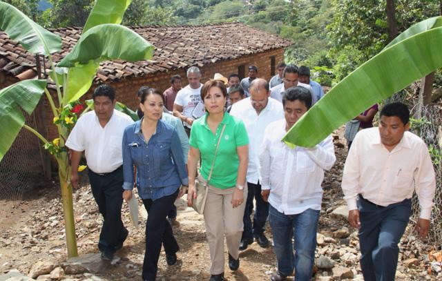 n coordinación con la Sagarpa, se trabajará para resarcir los plantíos de café y maíz