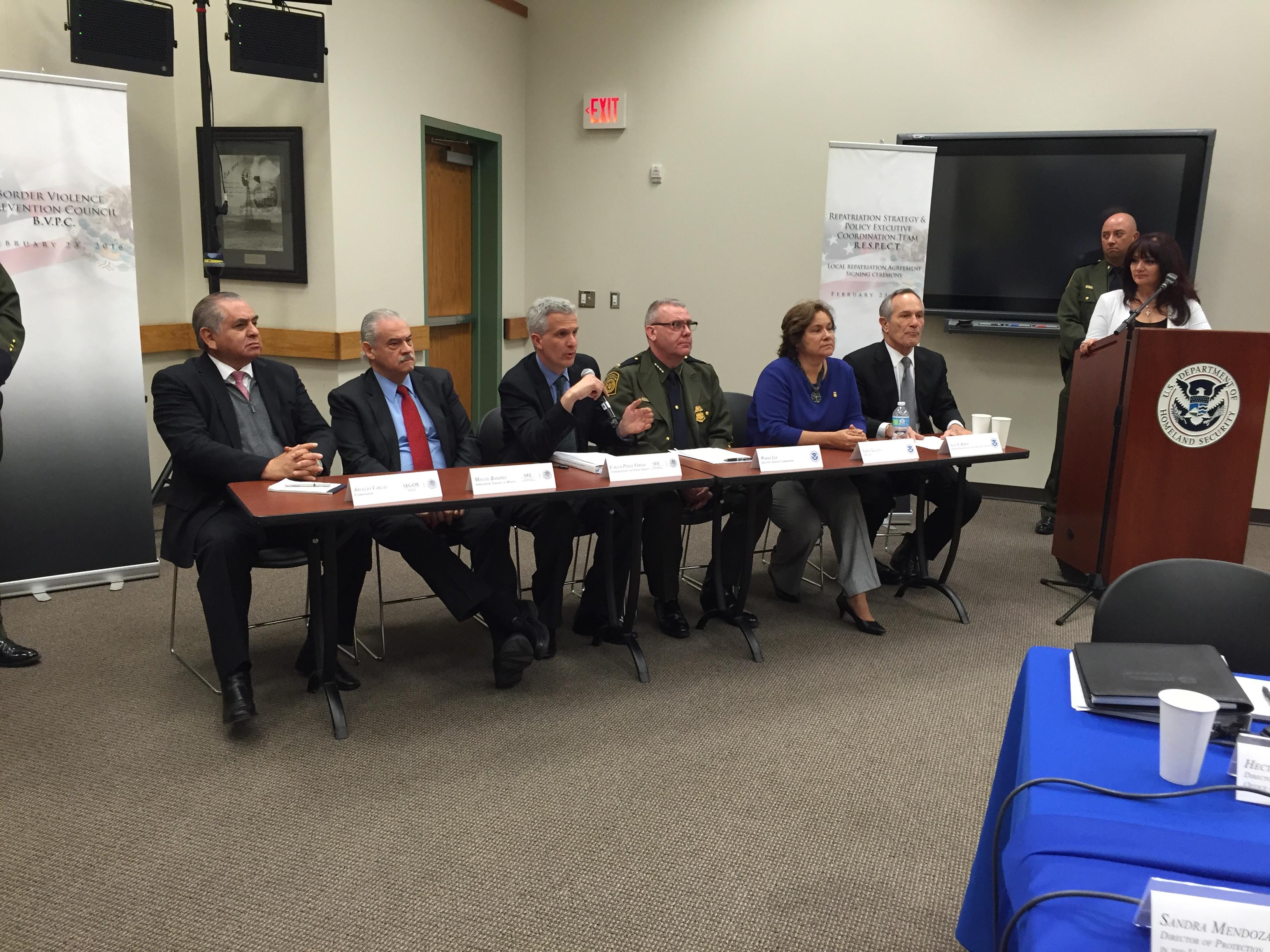Representates de los gobiernos de México y Estados Unidos celebraron la cuarta reunión del Grupo Ejecutivo de Políticas de Repatriación en El Paso, Texas