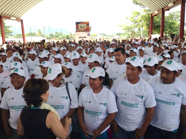 Supervisa acciones de la Cruzada Nacional Contra el Hambre en municipios de la Costa Chica y de La Montaña