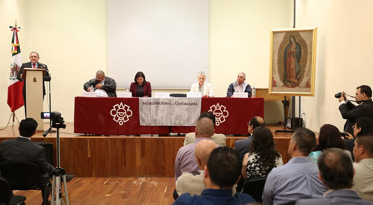 Entrega PGR obra de arte sacro en el estado de Jalisco