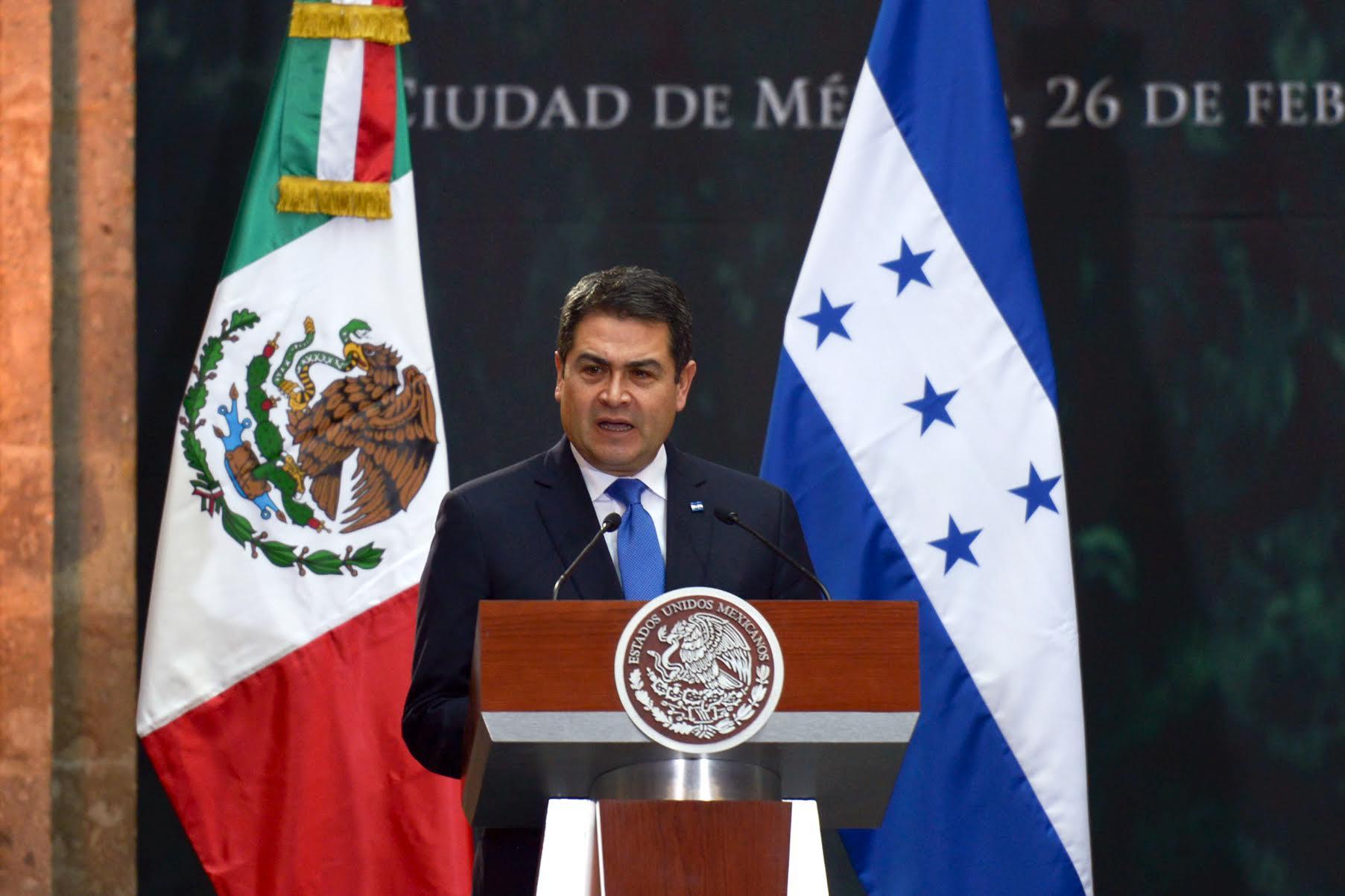 """""""Agradecemos el apoyo de México en esta gestión de la Presidencia Pro-Témpore del Sistema de Integración Centroamericano"""", dijo el Presidente de Honduras, Juan Orlando Hernández Alvarado."""