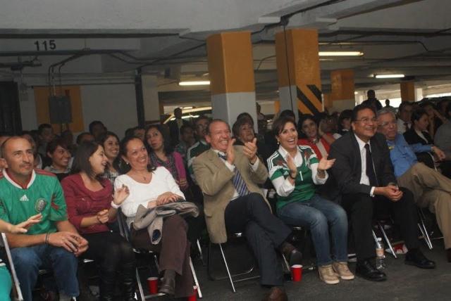 Convivió con  trabajadores de Sedesol en el México-Brasil