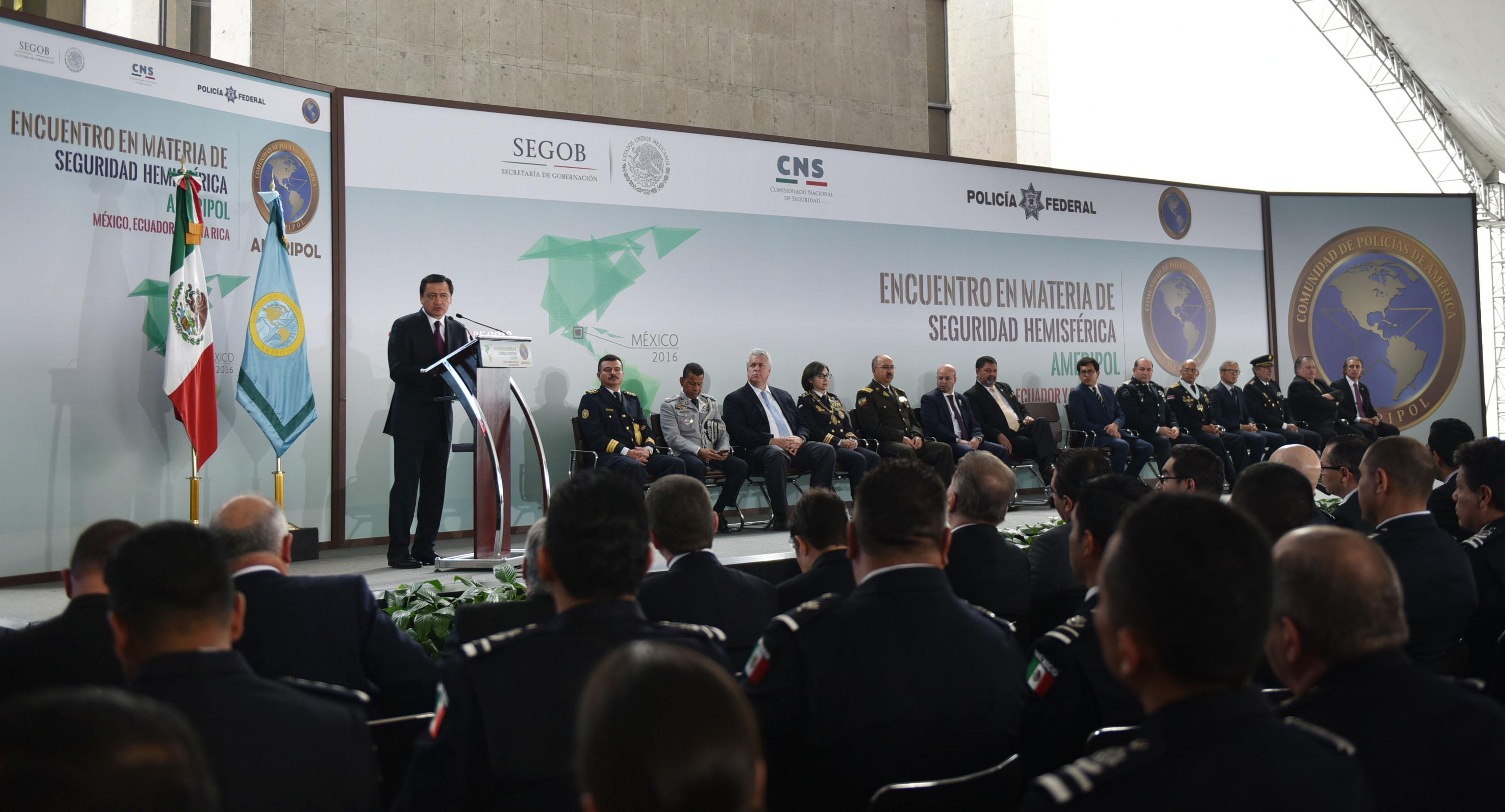 El Secretario de Gobernación, Miguel ángel Osorio Chong, encabezó el Encuentro en Materia de Seguridad Hemisférica de la AMERIPOL