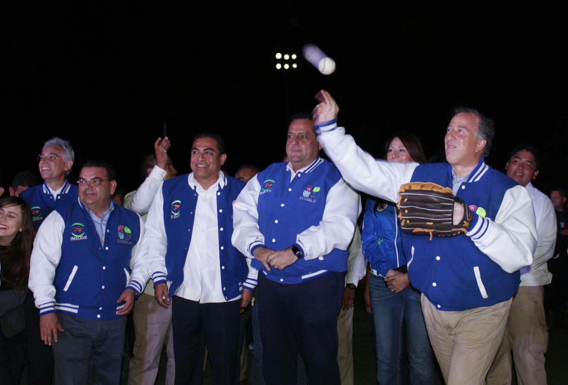 Sedesol trabaja en equipo con el gobierno de Baja California Sur para combatir rezagos en beneficio de la población.