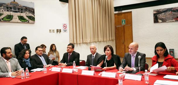 Con la entrada en vigor del NSJP PGR capacita en su aplicación a personal del Gobierno de la CDMX.