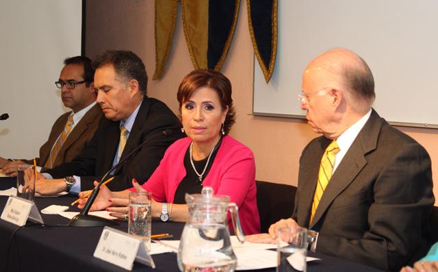 """Participó en el foro """"Retos y perspectivas frente a la medición multidimensional de la pobreza 2012"""", convocado por la UNAM"""