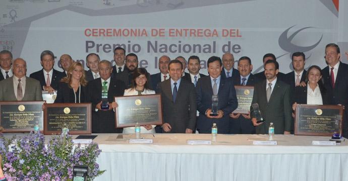 Empresas mexicanas reciben el Premio Nacional de Tecnología e Innovación