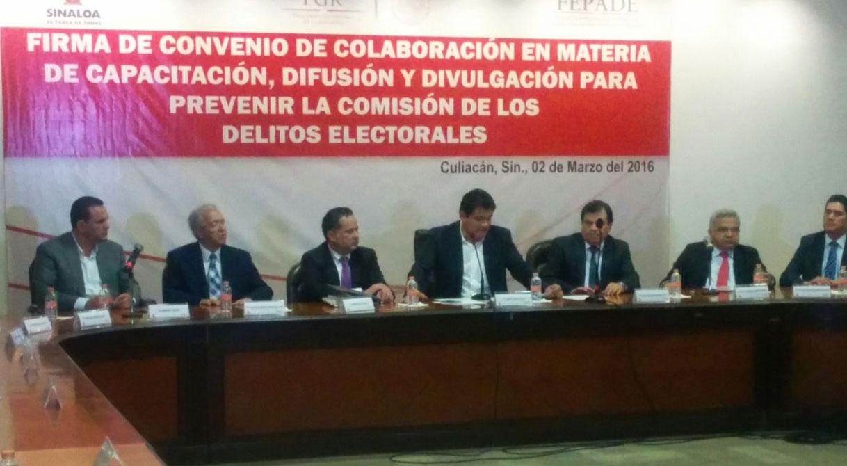 Firman FEPADE y Gobierno de Sinaloa convenio de colaboración para prevenir delitos electorales.