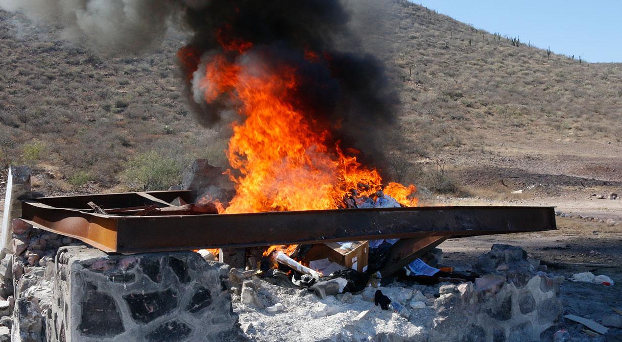 Incinera PGR más de 115 kilos de narcóticos  en Baja California Sur.