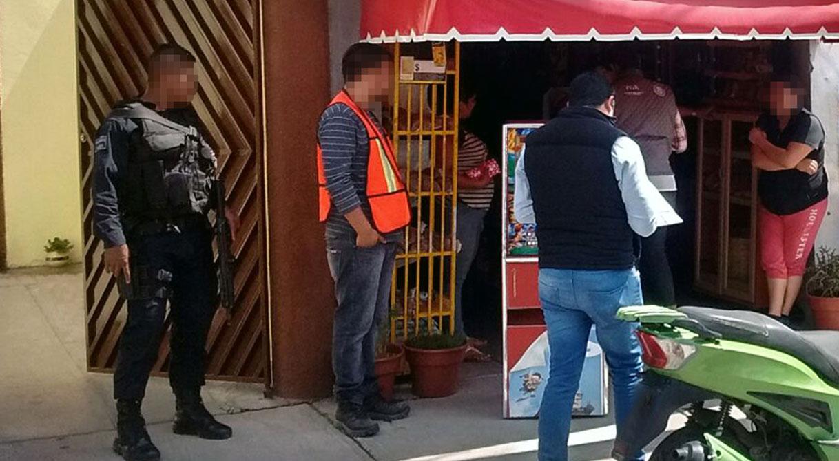 PGR asegura máquinas tragamonedas en Guanajuato.