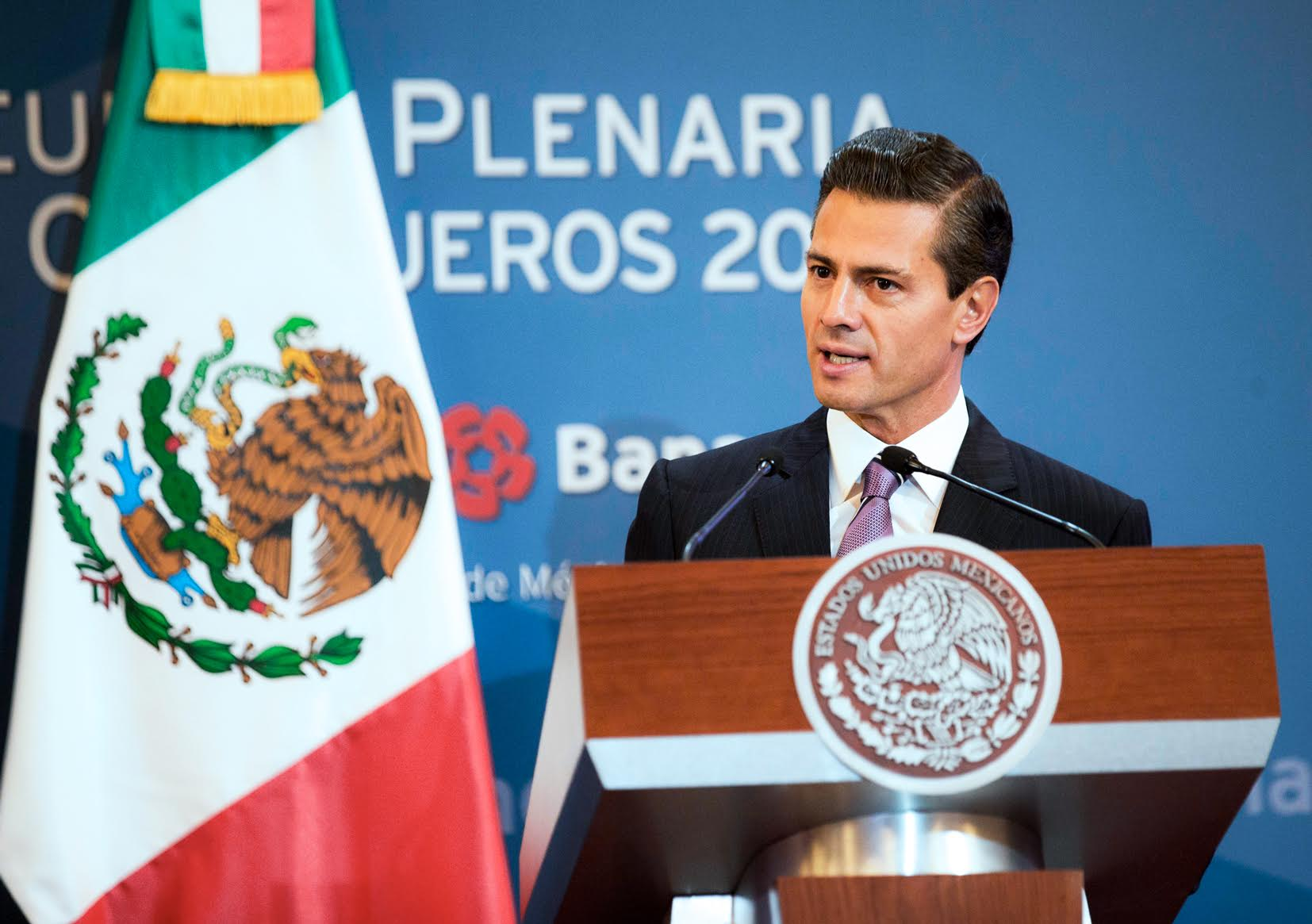 """""""La estabilidad que hoy gozamos es fruto del esfuerzo de varias generaciones de mexicanos, y este Gobierno habrá de preservarla y consolidarla"""", afirmó el Primer Mandatario."""