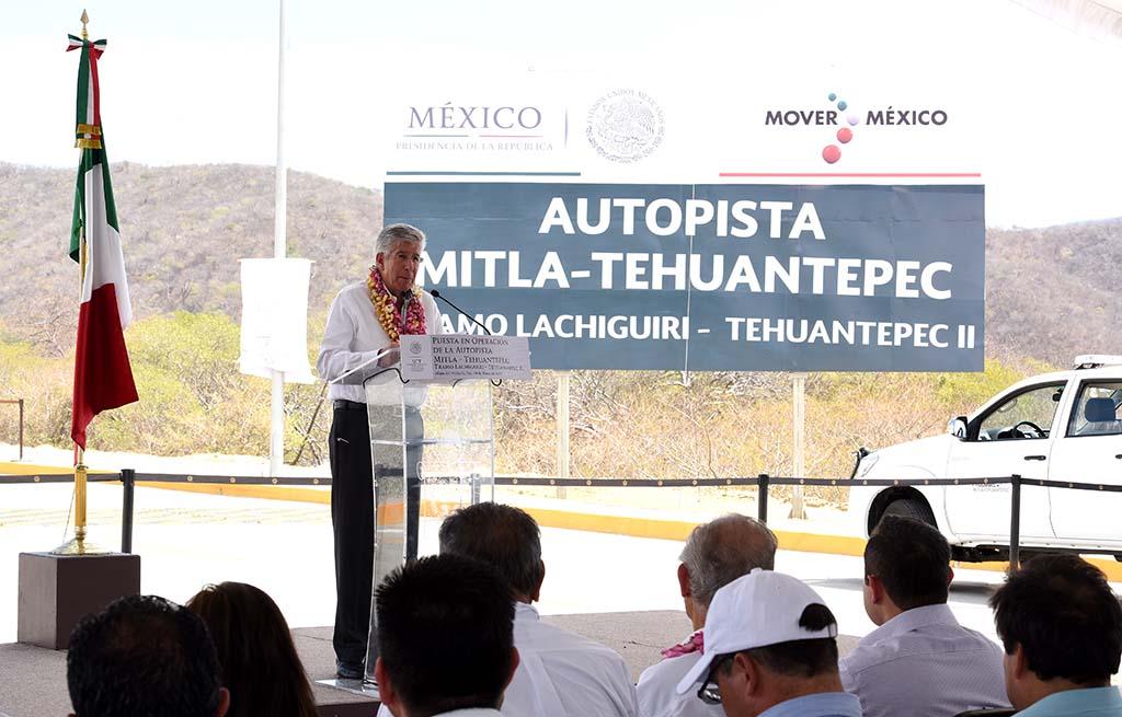 Inauguró el Secretario de Comunicaciones y Transportes la segunda etapa de la autopista Mitla – Tehuantepec