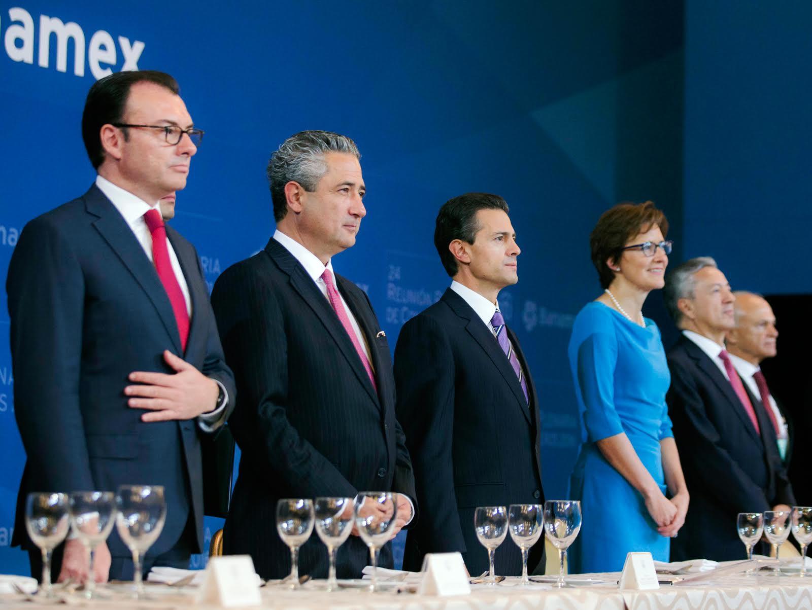 El Primer Mandatario encabezó la 24ª Reunión Plenaria de Consejeros de Banamex.