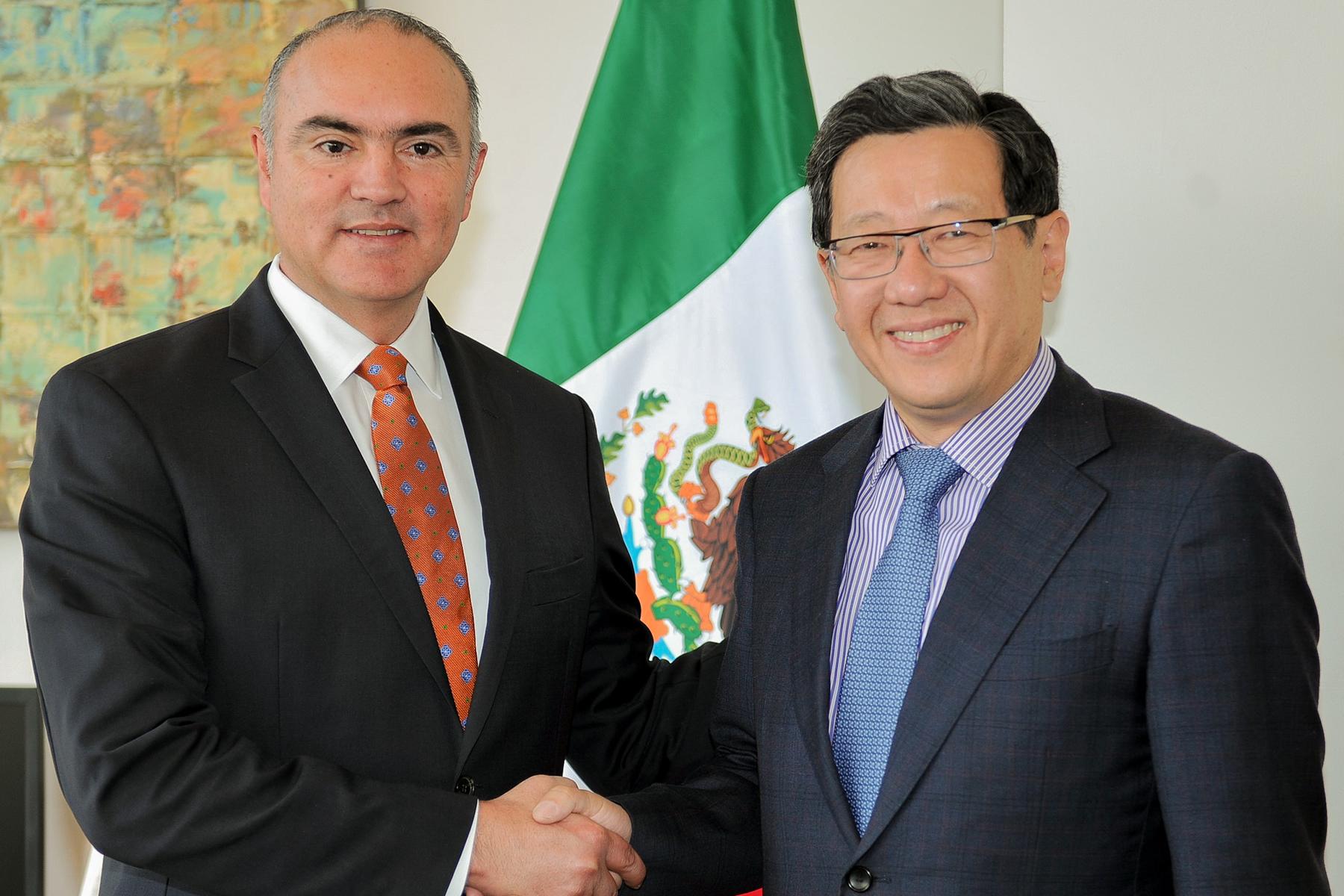 México cuenta con una balanza comercial superavitaria en 73 millones de dólares y exportaciones por 83 millones de dólares.