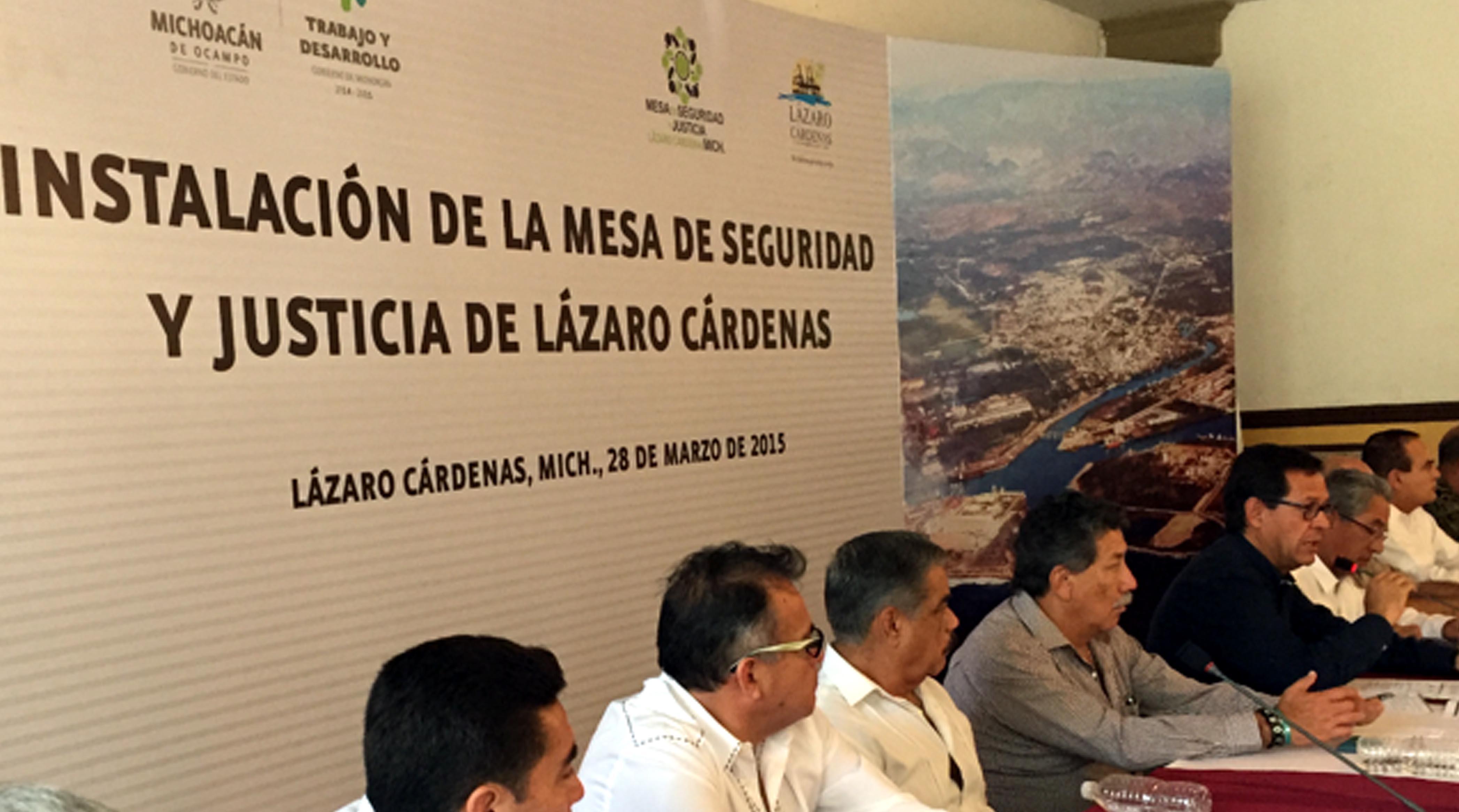 El subsecretario de Prevención y Participación Ciudadana, Roberto Campa Cifrián, durante la Instalación de la Mesa de Seguridad y Justicia de Lázaro Cárdenas, Michoacán