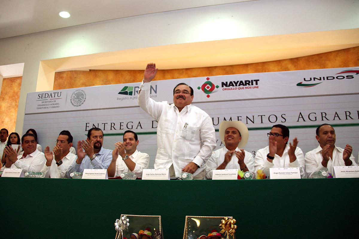 El titular de la SEDATU en reunió con desarrolladores de vivienda de Nayarit.
