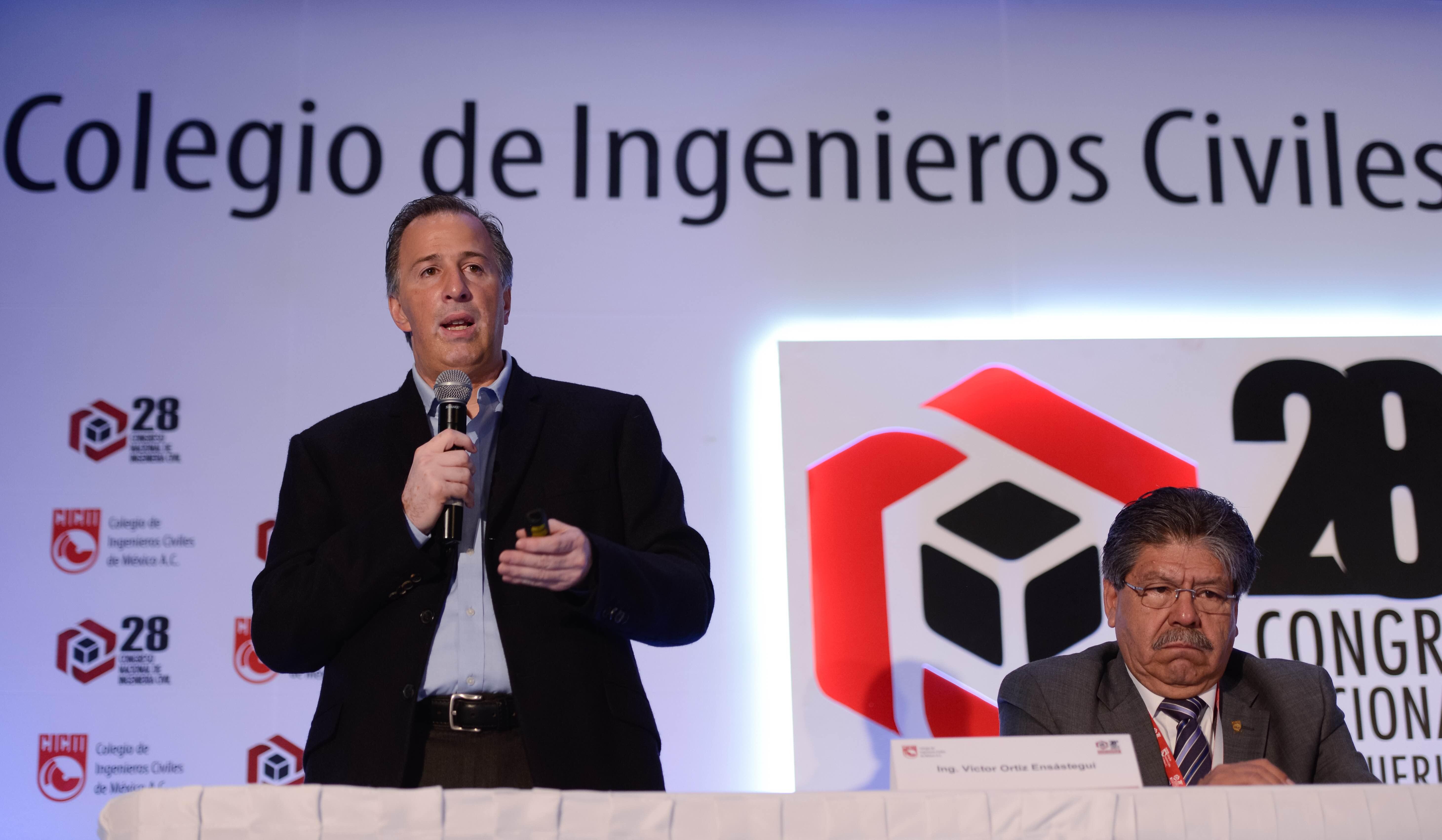 El secretario de Desarrollo Social, José Antonio Meade Kuribreña, en su participación en el 28 Congreso Nacional de Ingeniería Civil