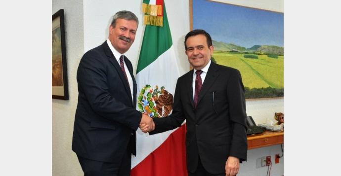 Toma posesión Francisco González Díaz como Director General de PROMÉXICO