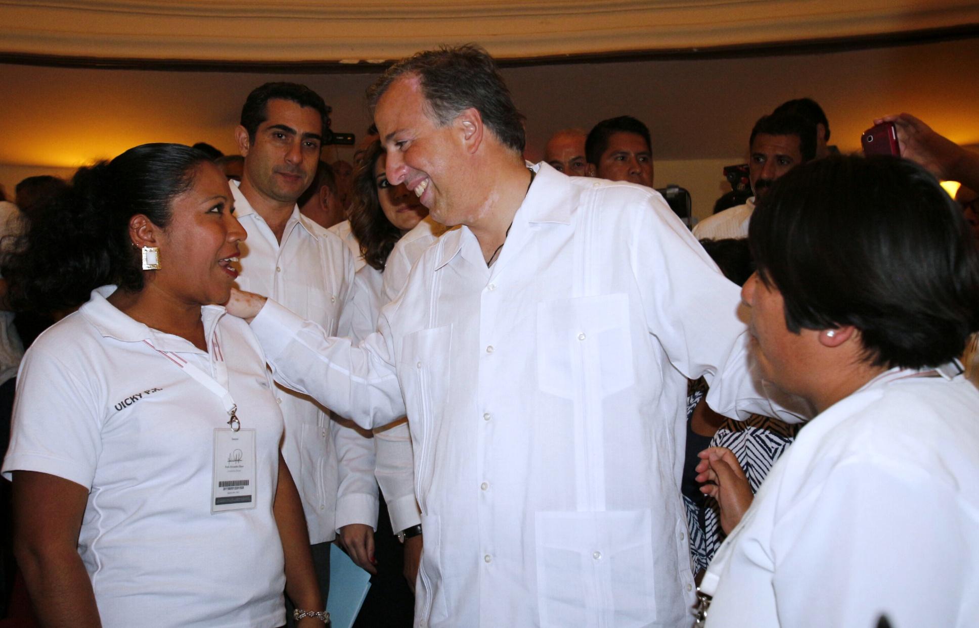 Entrevista al secretario de Desarrollo Social, José Antonio Meade Kuribreña, al término de la visita a las instalaciones de las Asociación Civil Orizaba Propone, AC