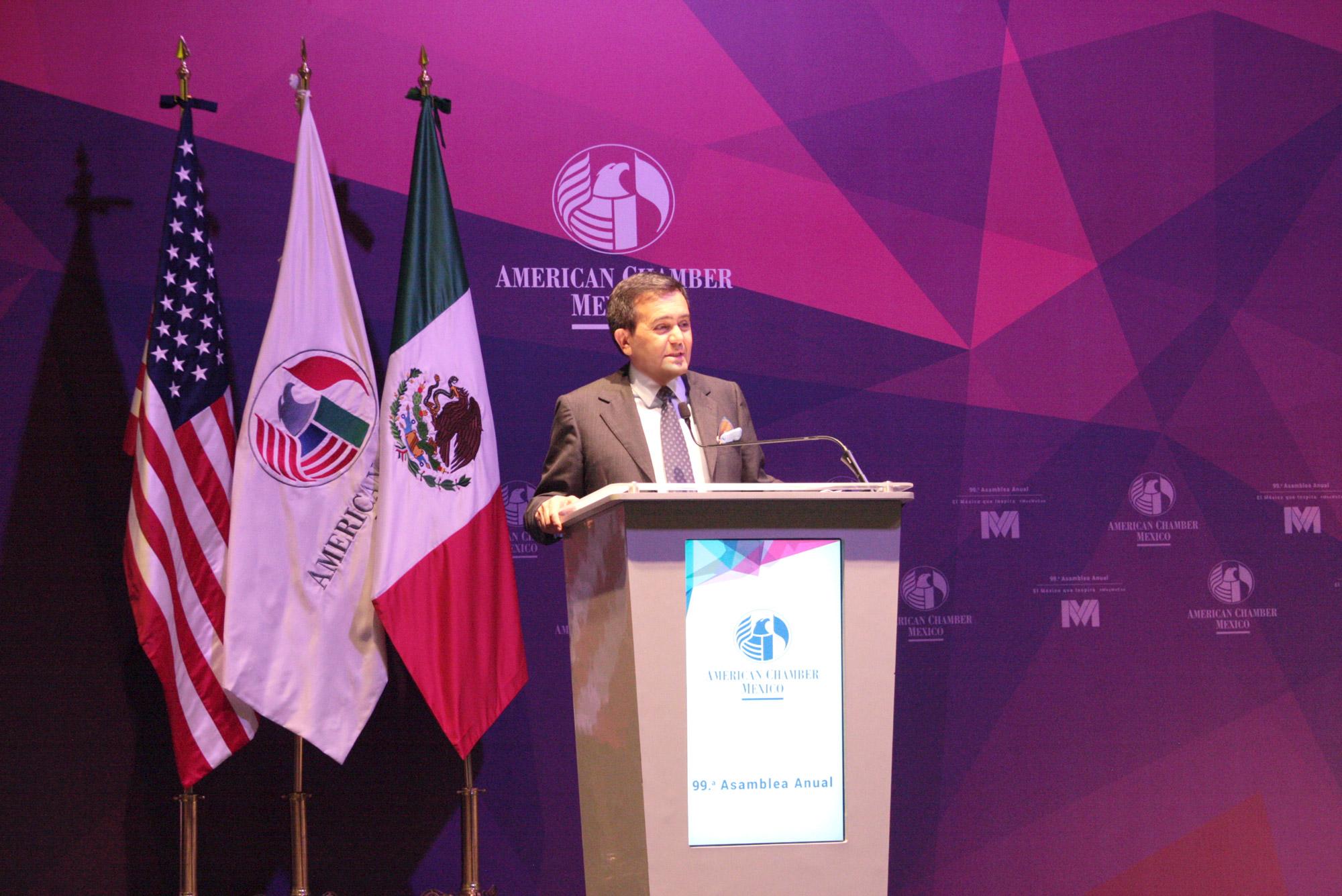 El Secretario de Economía asistió a la 99ª Asamblea Anual de la AMCHAM