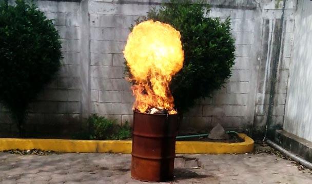 Incinera PGR narcóticos en Veracruz.