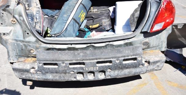 Agencia de Investigación Criminal en Chihuahua asegura metanfetamina 15 kilos sólida y  más de 13 litros en liquida.