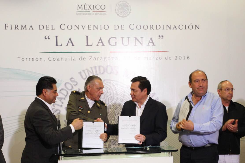 Firman Convenio de Coordinación con Coahuila y Durango