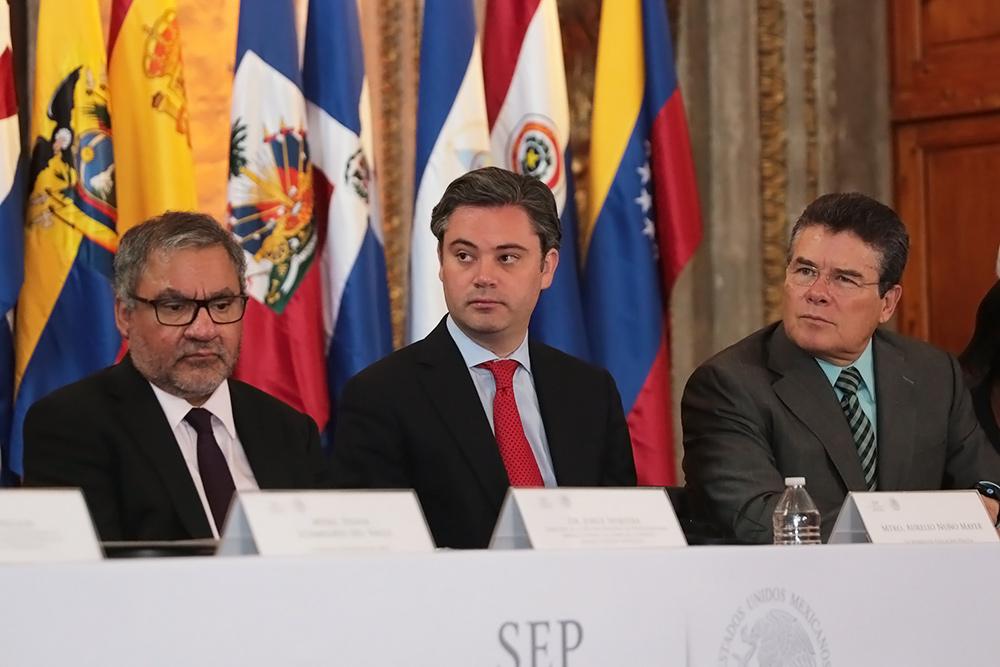 Pone en marcha los trabajos del 8º Foro Internacional de Políticas Docentes