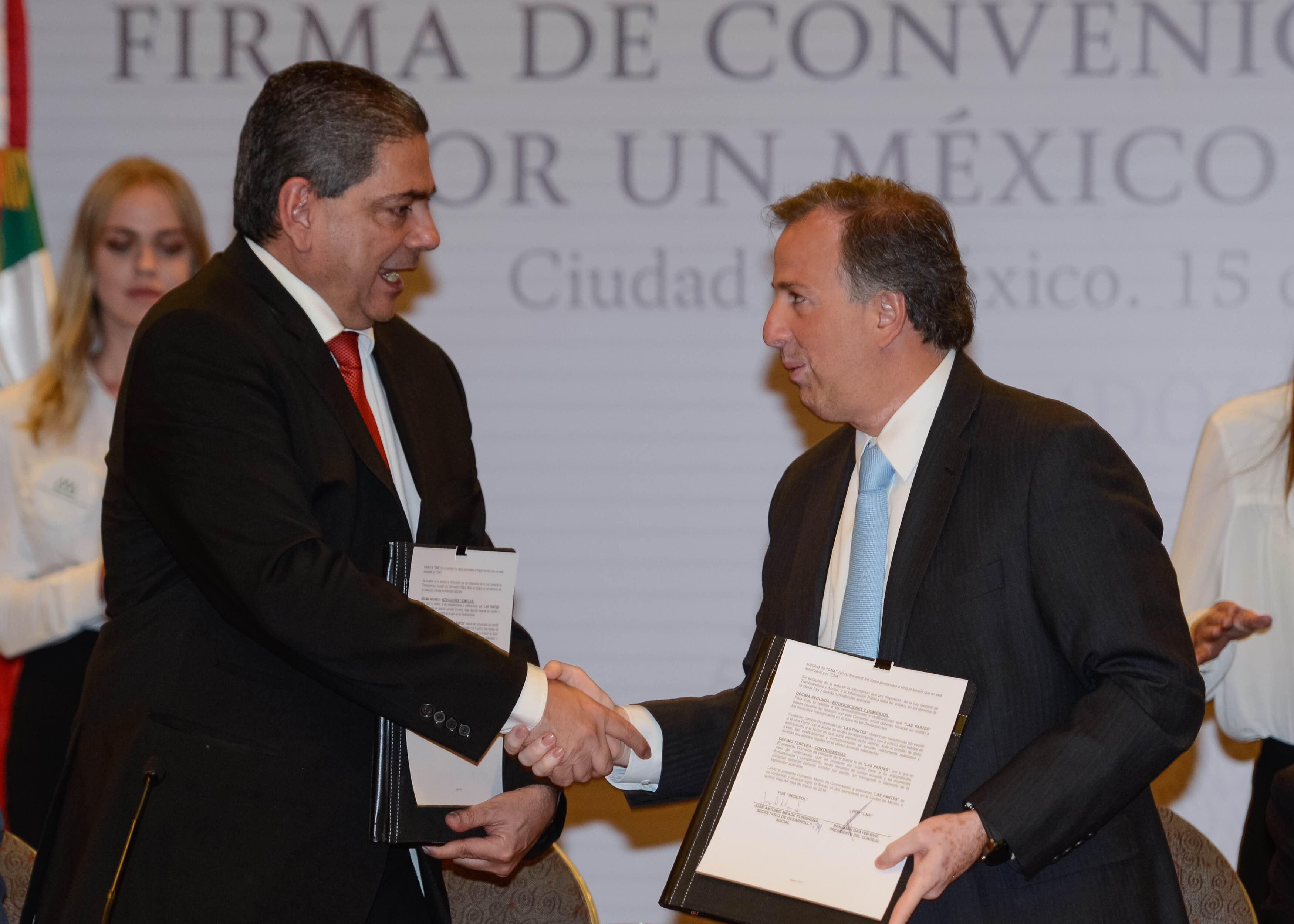 Convenio por un México sin Pobreza con el Consejo Nacional Agropecuario