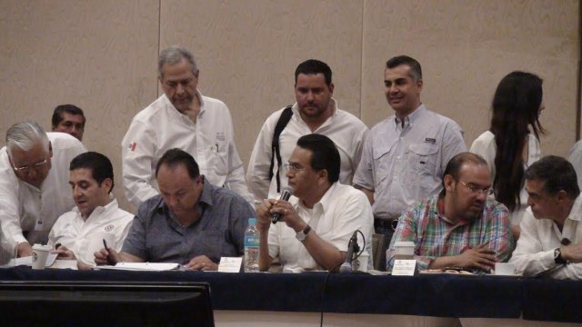 Subsecretario de Sedesol en Reunión con Presidentes Municipales de Guerrero