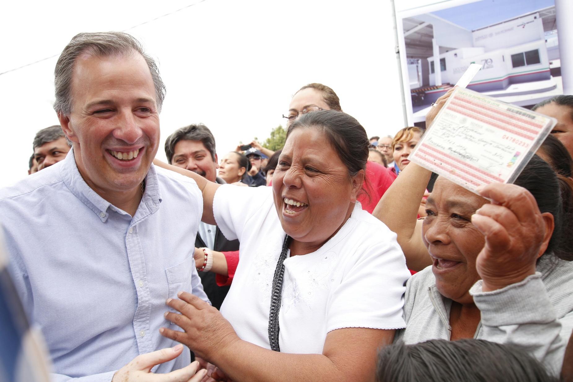 El secretario José Antonio Meade anunció reducción de precios de leche Liconsa en 150 municipios