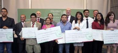 Ganadores del concurso Rompe con el Cambio Climático 2014.