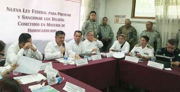 PGR Oaxaca difude la Nueva Ley Federal Para Prevenir y Sancionar los Delitos Cometidos en Materia de Hidrocarburos.