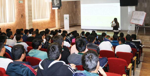 PGR promueve la prevención del delito a estudiantes de nivel medio superior