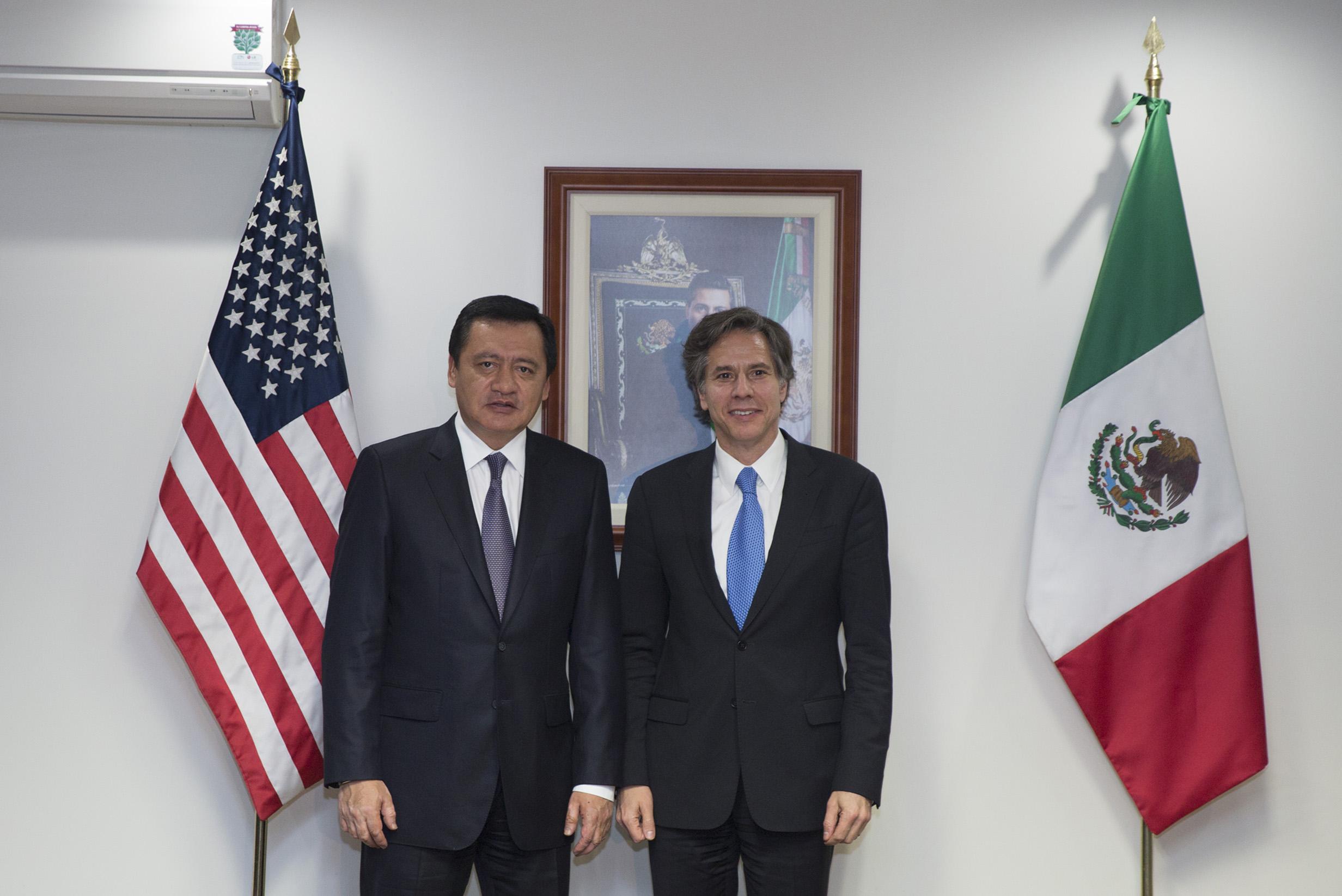 El Secretario de Gobernación, Miguel Ángel Osorio Chong, recibió a Antony Blinken, Subsecretario de Estado de los Estados Unidos, en el marco de su primera visita de trabajo a México.