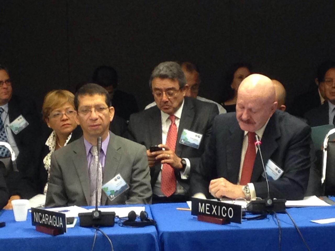 Doctor Manuel Mondragón y Kalb, titular de la Comisión Nacional contra las Adicciones