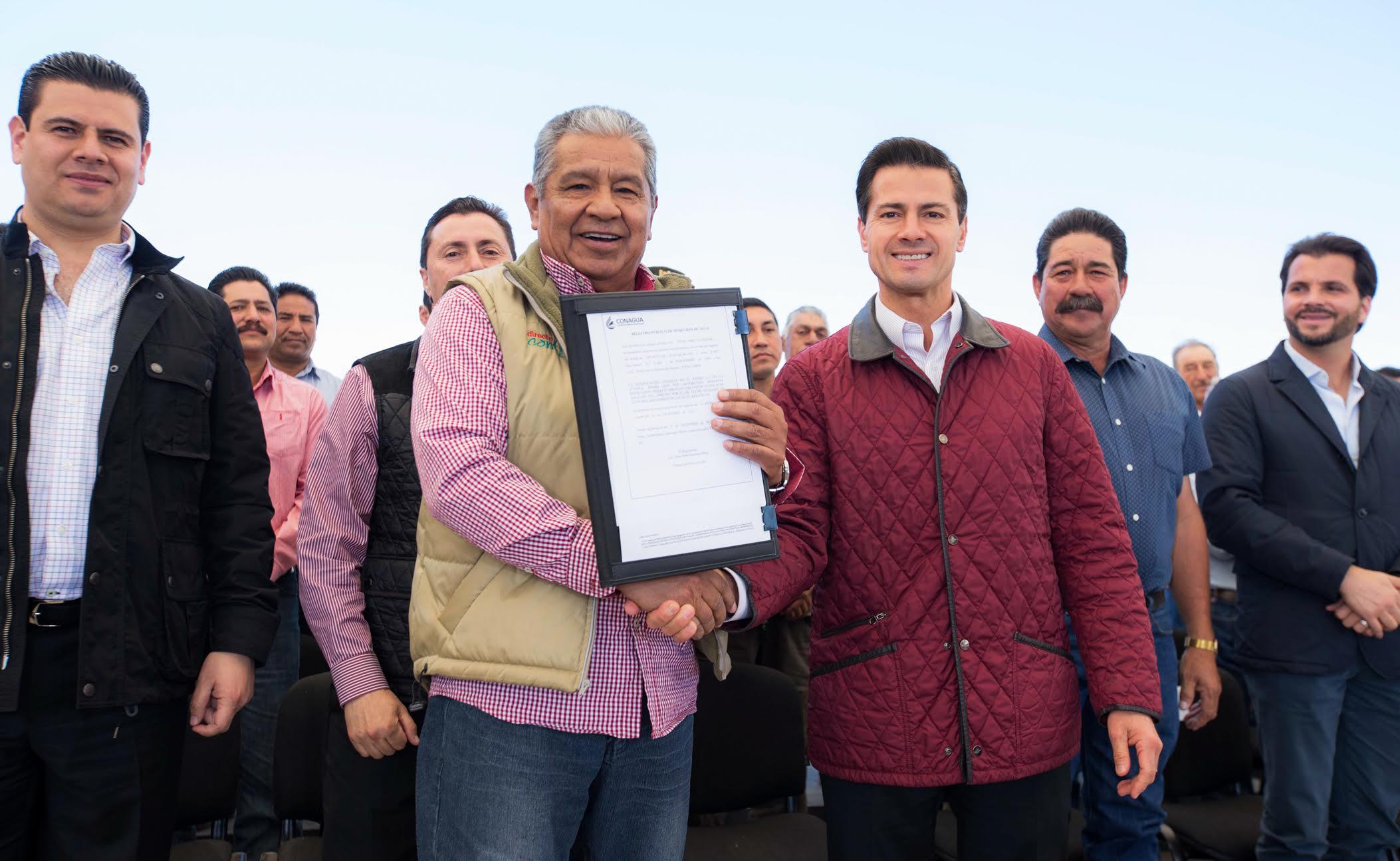 El Primer Mandatario entrega equipamiento de Pozos Agrícolas y de la modernización de Unidades y Distritos de Riego en el estado de Zacatecas.