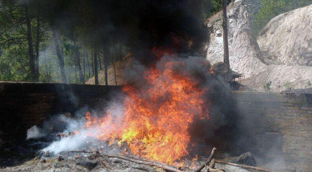 PGR incinera narcóticos en el municipio de Chilpancingo.