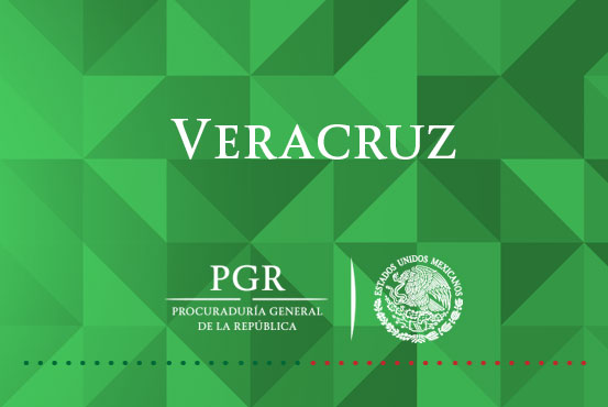 Cumplimenta PGR orden de aprehensión contra dos mujeres en Coatzacoalcos.
