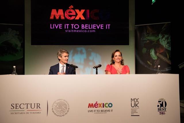 """Ponencia de la Secretaria de Turismo, Claudia Ruiz Massieu, durante la presentación de la segunda fase de campaña """"Live It to Believe It""""."""